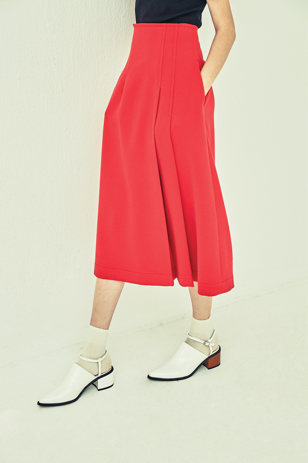 HIGH WAIST TUCK SKSK73001 RED